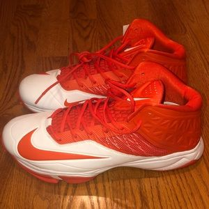 New without Tags Nike Cleats - Size 15